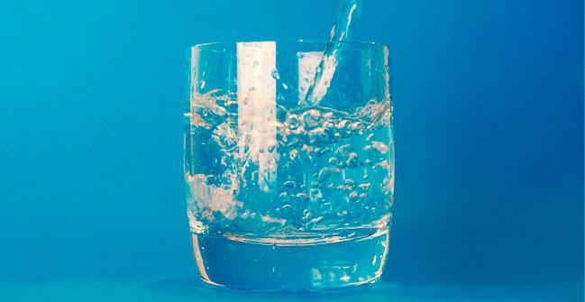 La importancia de la hidratación en los mayores